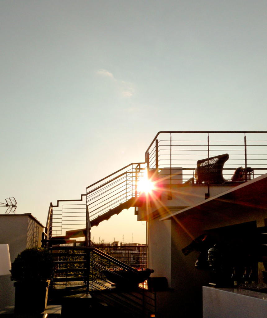 The viewing platform on top of THE FIRST Luxury Art Hotel Roma. Photo: the art resort.