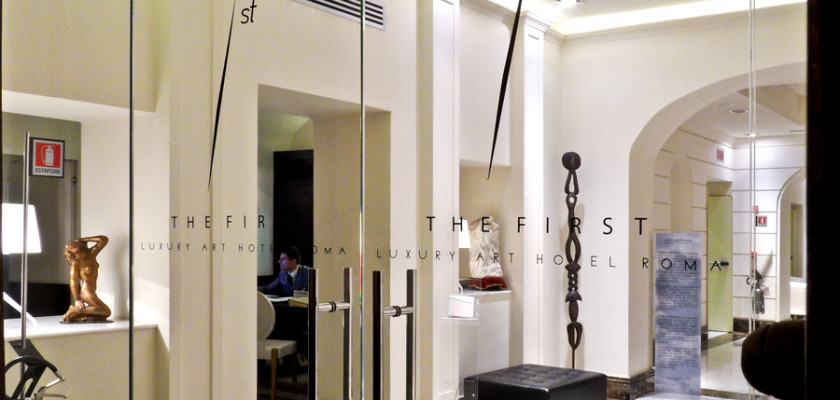 Into the white. Into a realm of pure luxury. The entrance of THE FIRST Luxury Art Hotel Roma