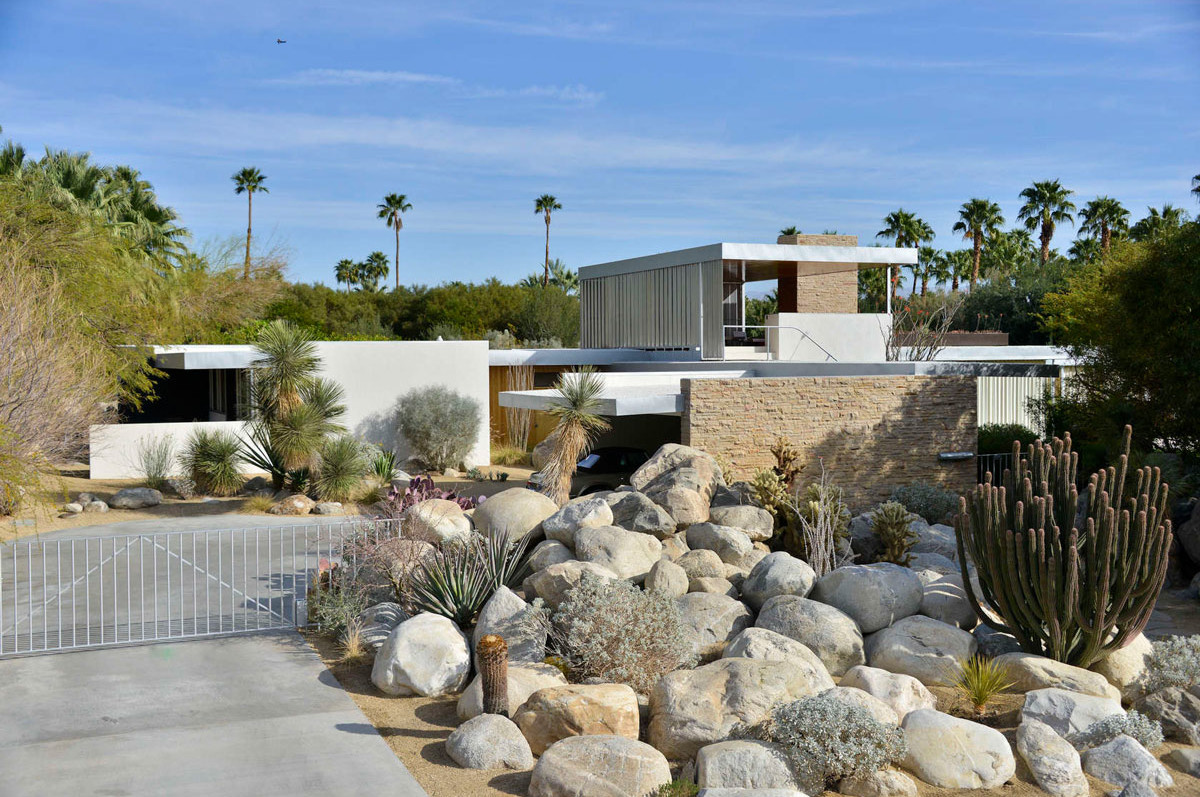 Modernist Architecture in Palm Springs: Kaufmann House by Richard Neutra. Photo by David A. Lee