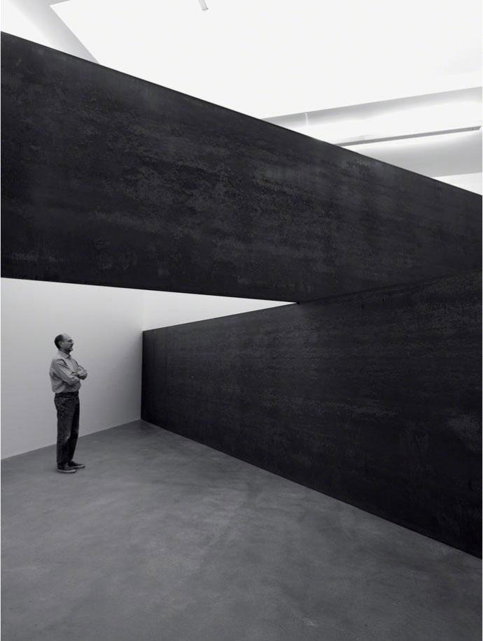 Richard Serra, London Cross, 2014 at Gagosian Gallery London.
