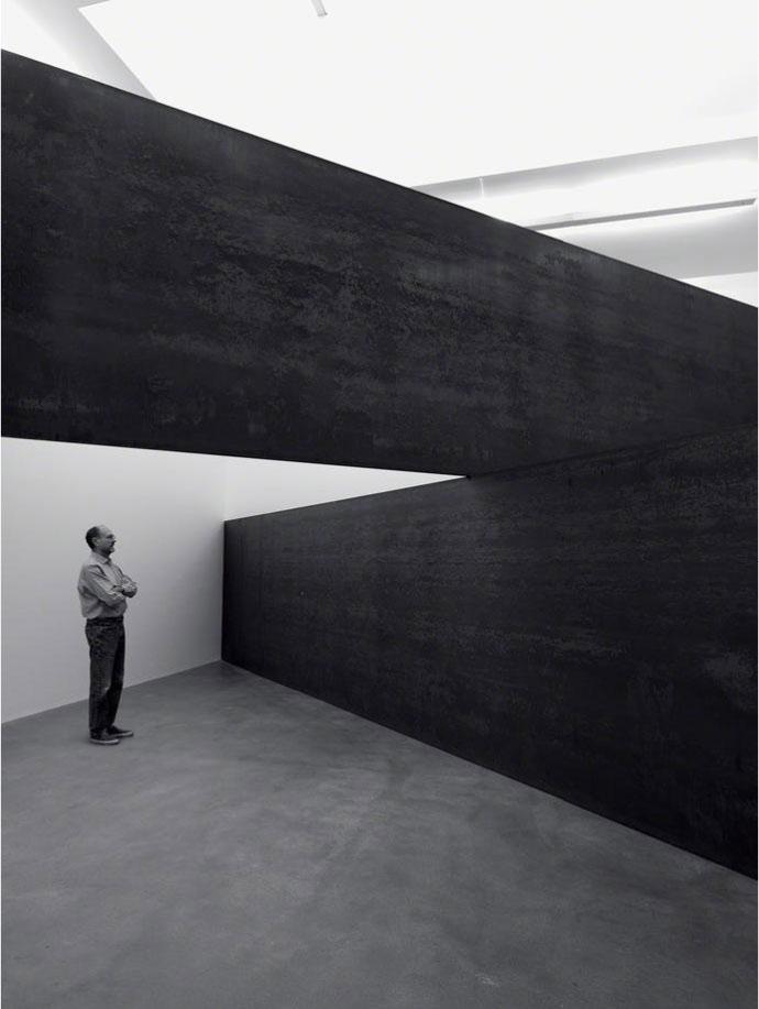 Richard Serra, London Cross, 2014 at Gagosian Gallery London.