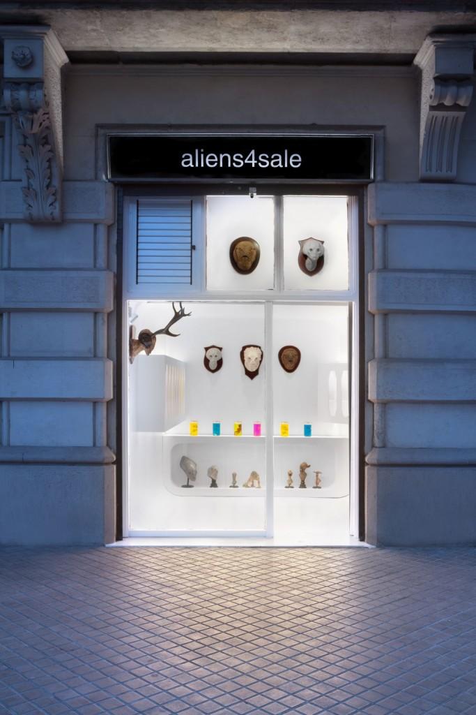 aliens4sale sells aliens in the Passeig de Sant Joan, Eixample district Barcelona
