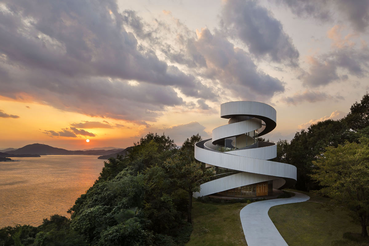 Two entwining spiral stairways form the ribbon wedding chapel in Hiroshima. Designed by Hiroshi Nakamura, NAP. Photo © Koji Fujii / Nacasa & Partners Inc