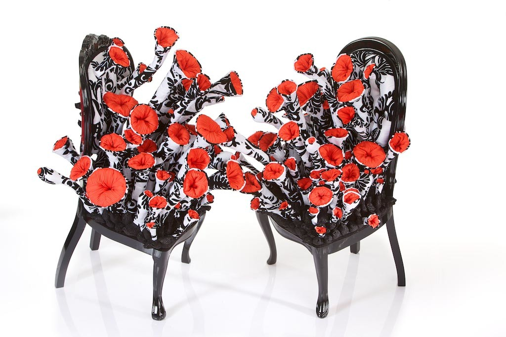 Margarita Sampson Florence /Kiss Kiss, altered chair at The Salon of Infectious Desires.