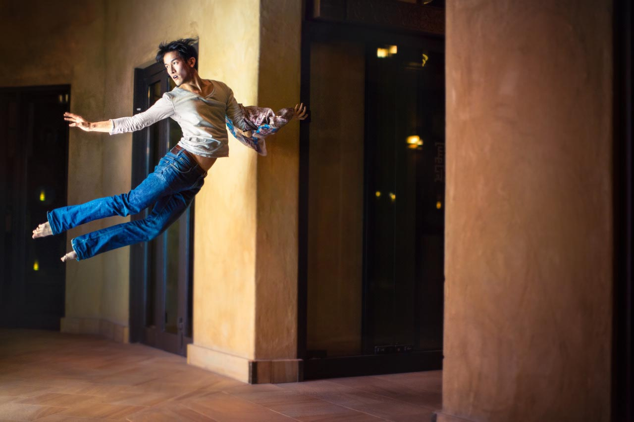 Mickael Jou ,the gravity-defying self-portraits of a ballet dancer. From the 365 self-portrait project. Photo Mickael Jou