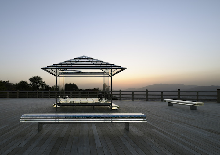 KOU-AN, The Transparent Glass Tea House by Tokujin Yoshioka at Seiryuden, Kyoto, Japan.